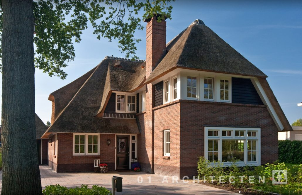 A-symmetrische riegedekte villa 01 Architecten