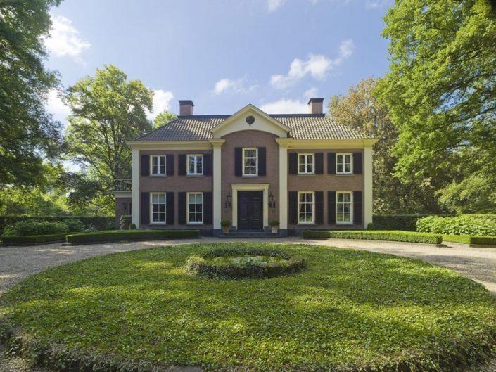 Classicistische stijl Friso Woudstra Architecten Vorden