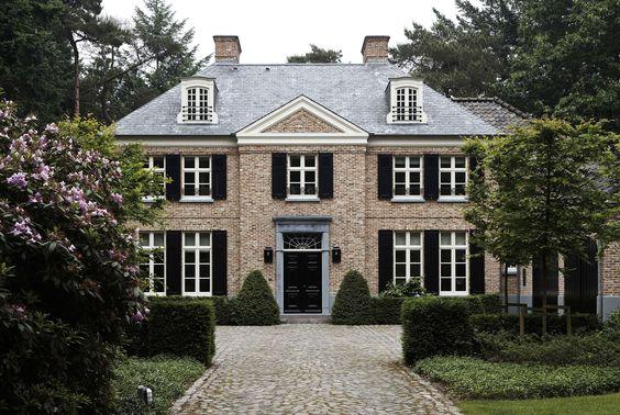 Classicistische villa Vlassak Verhulst