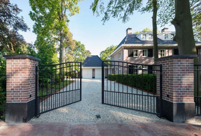 Villa in classicistische stijl Aerdenhout oprijlaan
